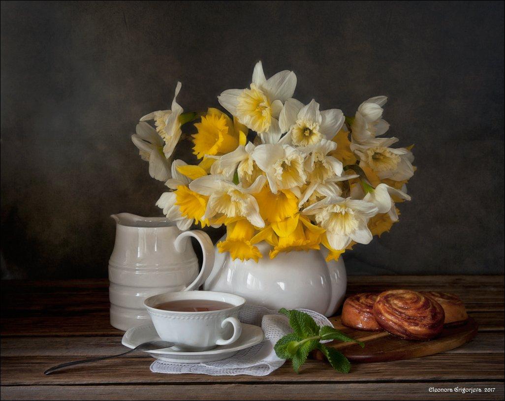 нарциссы, весна, мята, чай, булочки, зелёный, жёлтый, белый, натюрморт, Eleonora Grigorjeva
