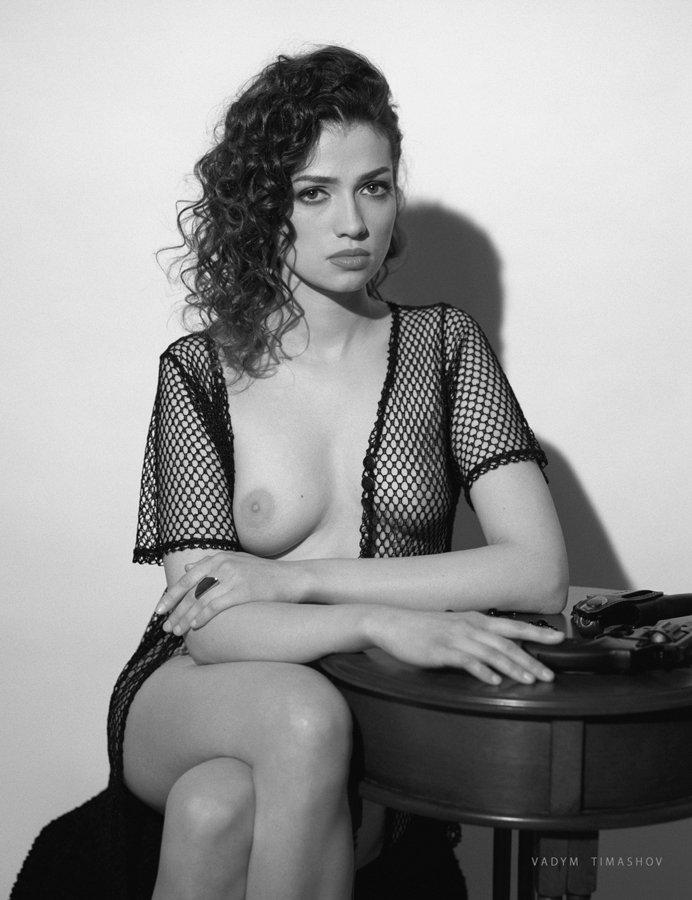 art, beauty, nude, print, portrait, vadym timashov, black and white, film, gun, model, Вадим Тимашов