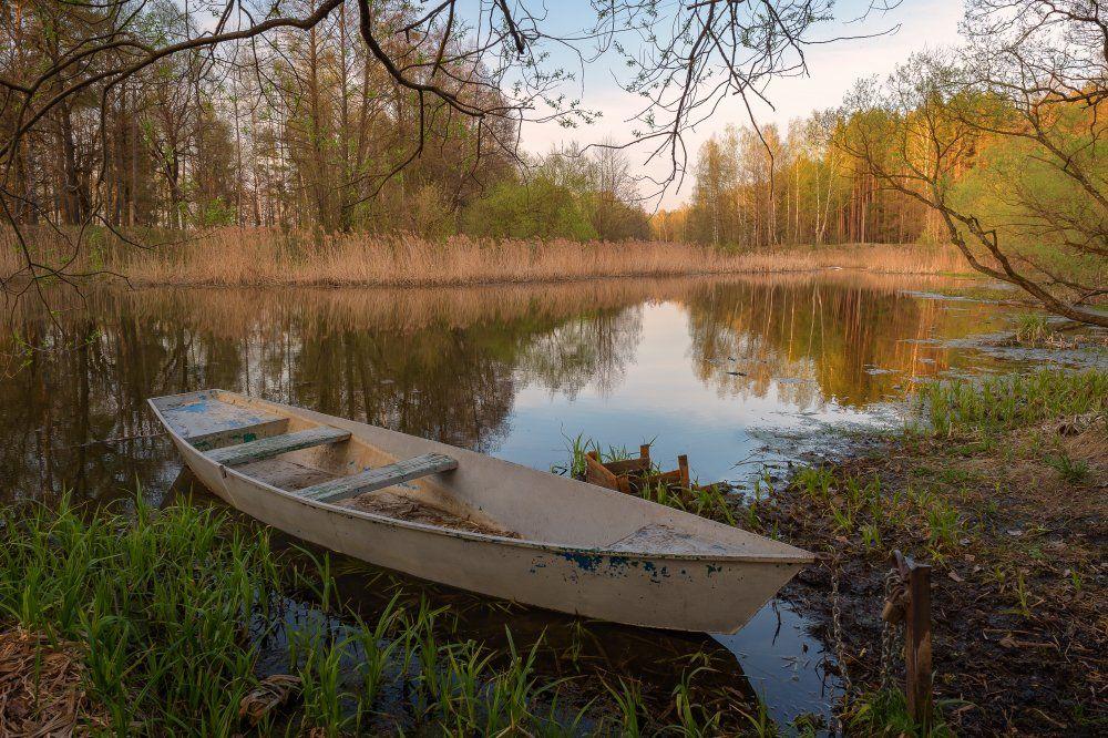 пейзаж,природа,лодка,умиротворение,лес,отражение,красота,апрель,весна,отражение, Юлия Лаптева