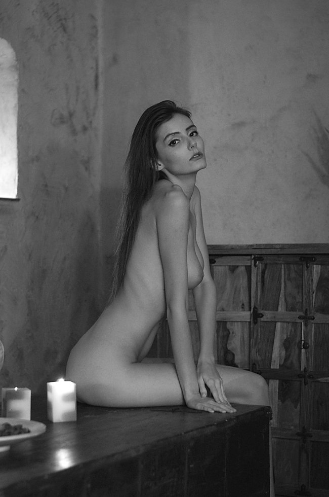 model, nude, naked, glamour, woman, female, black and white, body, sexy, sensual, natural light, curves, portrait, erotica, fine art, bedroom, light,, Lajos Csáki
