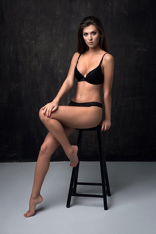 model, glamour, woman, female, colour, body, sexy, sensual,  curves, portrait, erotica,  fine art, lingerie, legs, fashion, beautiful, hair, pose,, Lajos Csáki