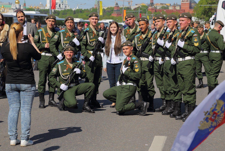 москва, парад, 9 мая, день победы, солдаты, защитники, девушка, Виктор Климкин