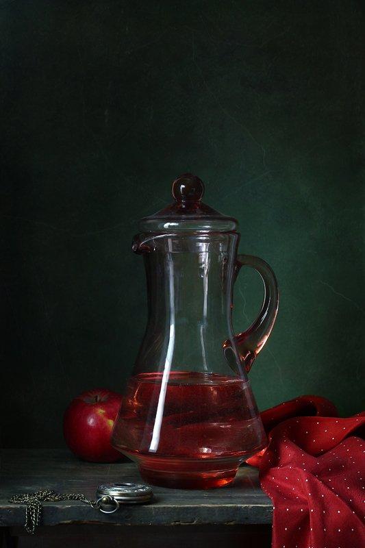 натюрморт, кувшин, яблоко, часы, Курочкина Диана