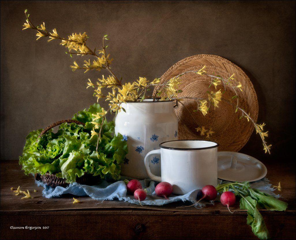 форзиция, весна, зелень, свежая, редиска, салат, бидон, кружка, натюрморт, соломенная, шляпка, корзинка, Eleonora Grigorjeva