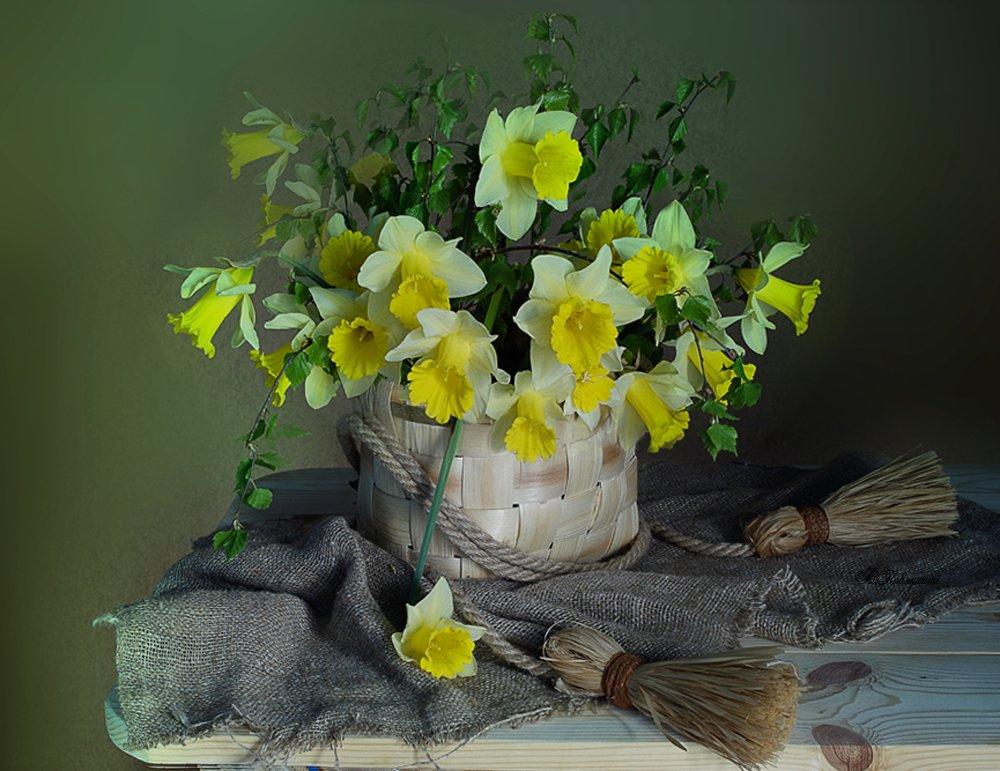 весна,ретро,нарциссы,натюрморт,, Вера Павлухина