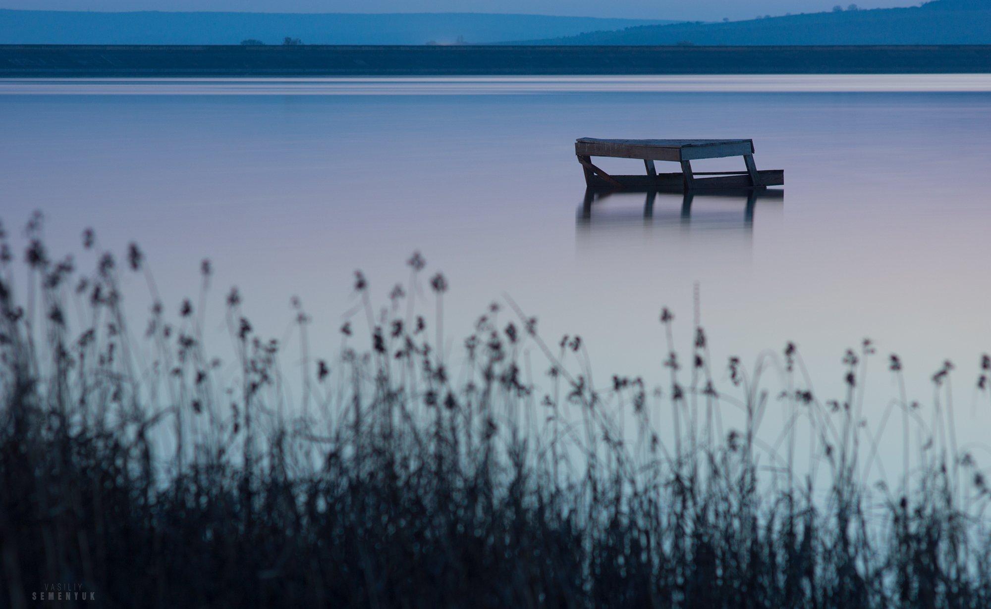 крым, озеро, длинная выдержка, скамейка, камыш, спокойствие, закат, настроение., Семенюк Василий