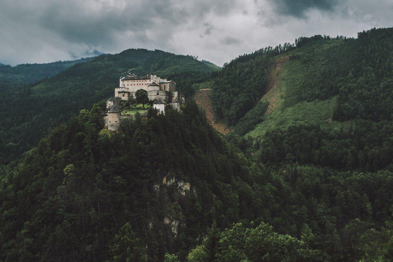 замок; горы; лес; а/встрия;, Александр Удовиченко
