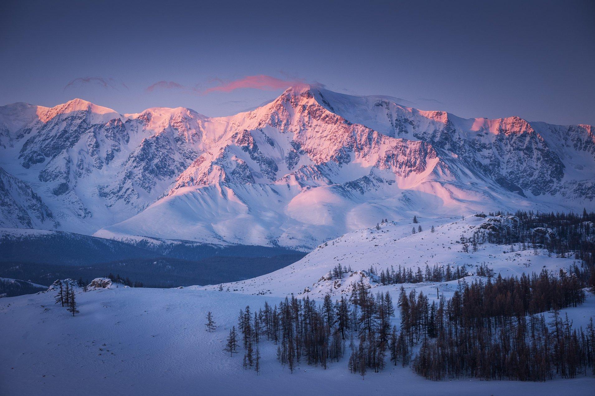 Горы Алтай рассвет зима снег, Юрий Перцов