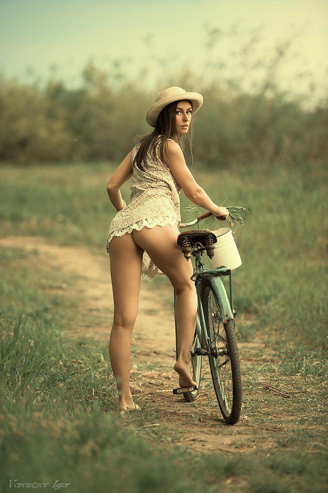 ню, девушки, грудь, обнажённая , велосипед, Воронцов Игорь