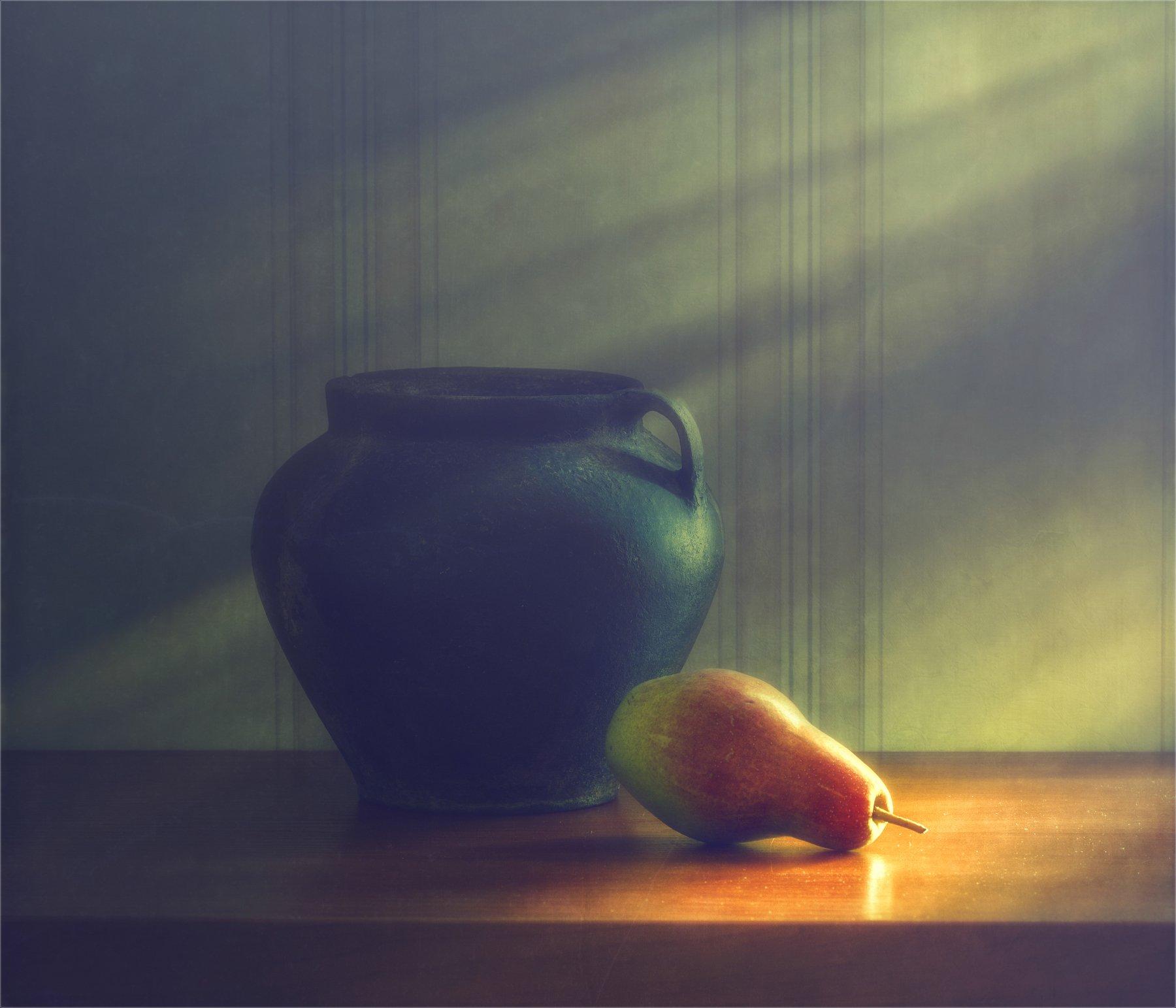 still life, натюрморт,   винтаж, минимализм, груша, горшочек, глечик,, Михаил MSH