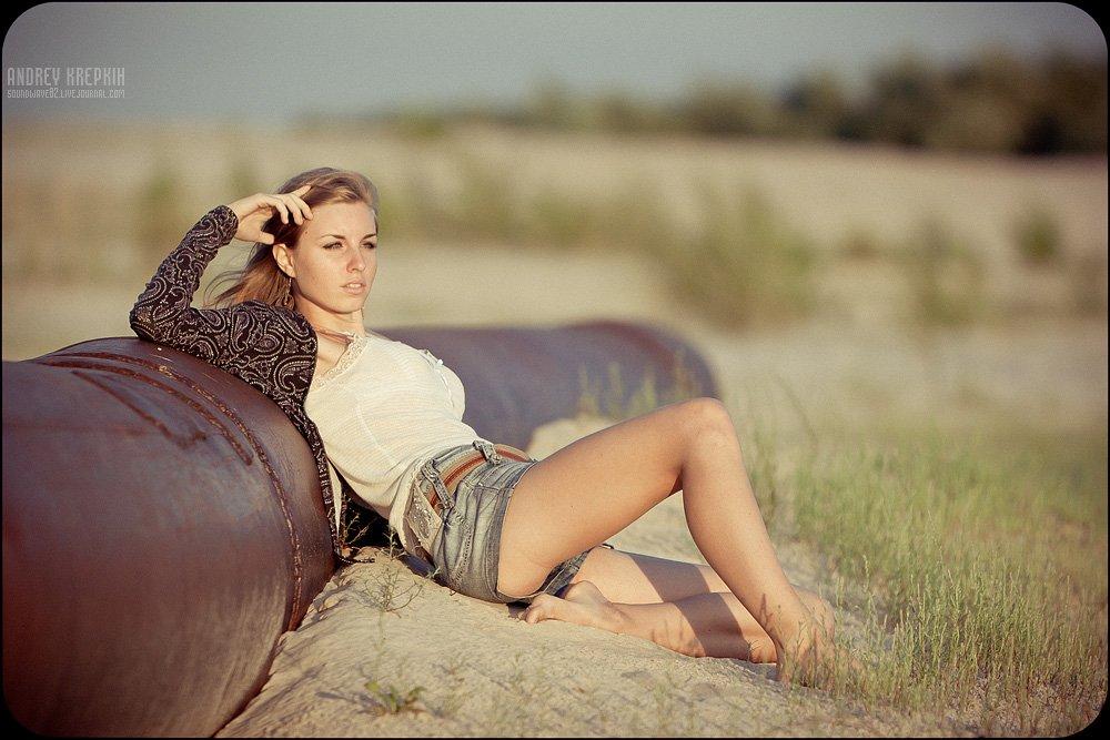 девушка, портрет, песок, трубы, Андрей Крепких (Sound Wave)