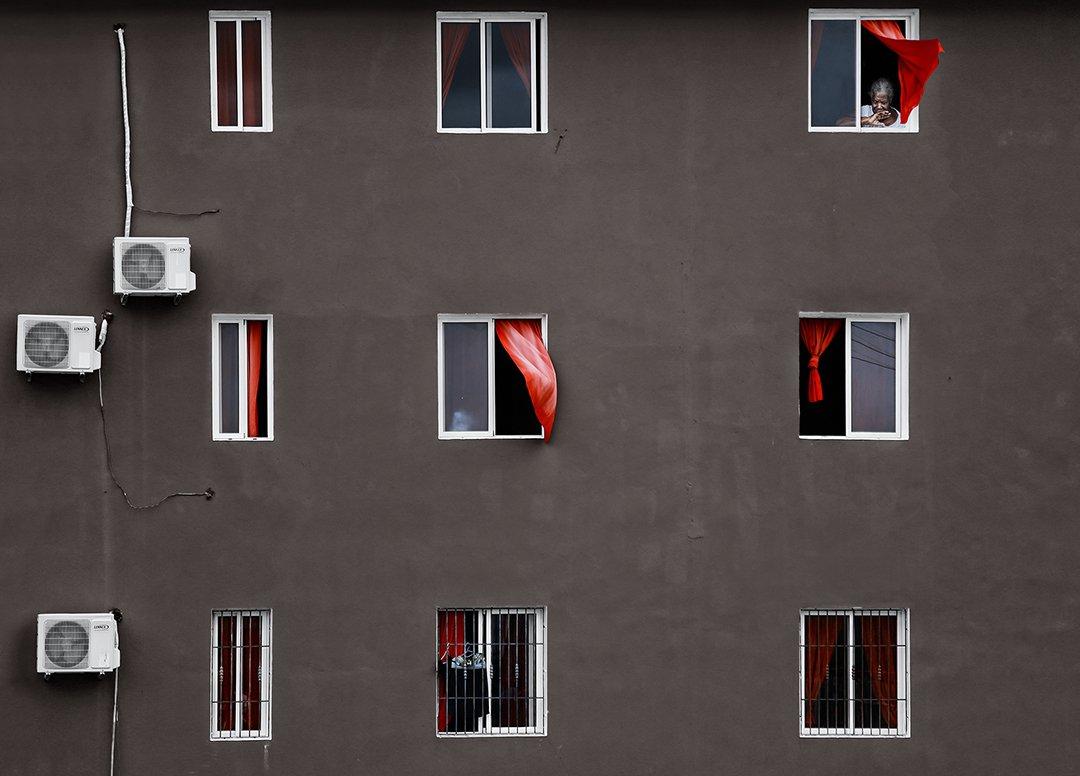 доминиканская республика, дом, стена, занавески, ветер, окна, кондиционер, штукатурка, бабушка, кондишка, Алла Соколова