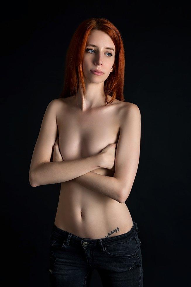 model, nude, naked, glamour, woman, female, colour, body, sexy, sensual, curves, portrait, erotica, fine art, red hair, fashion, jeans, portrait,, Lajos Csáki