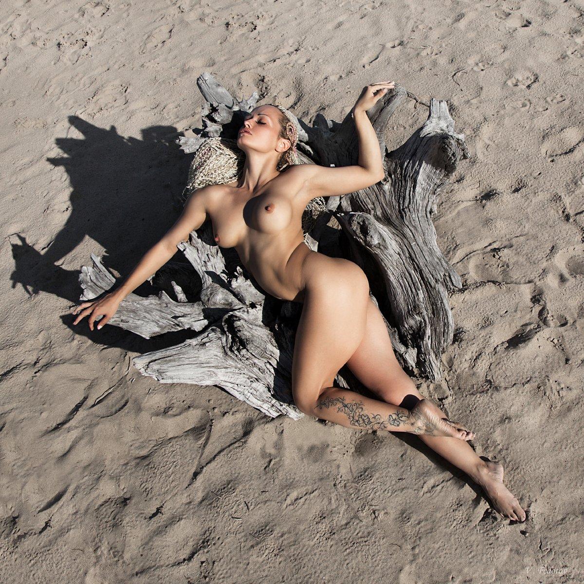 фото , цвет , ню , девушка , дреды , песок , дерево , монстр, Федотов Вадим(Vadius)