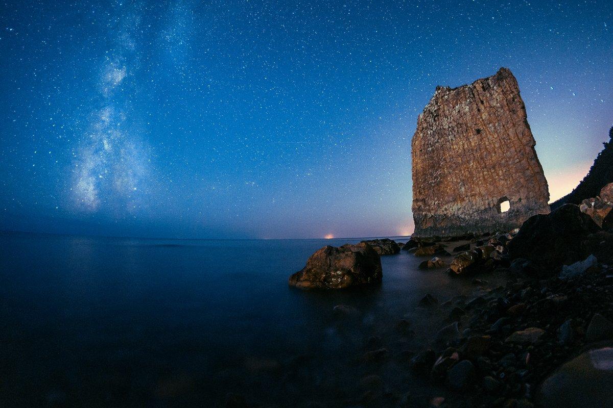 ночь, млечный путь, море, Скубский Алексей