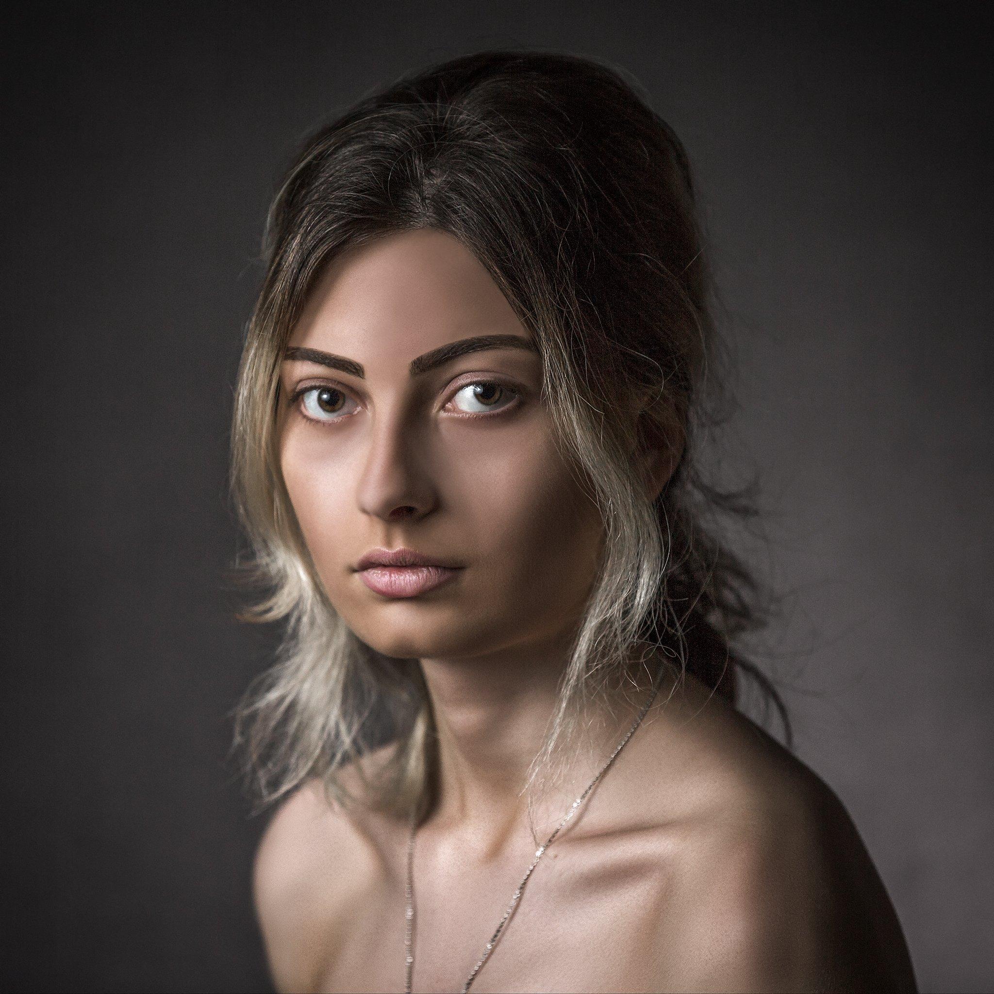 portrait janre women , ნიკოლოზ მესხი