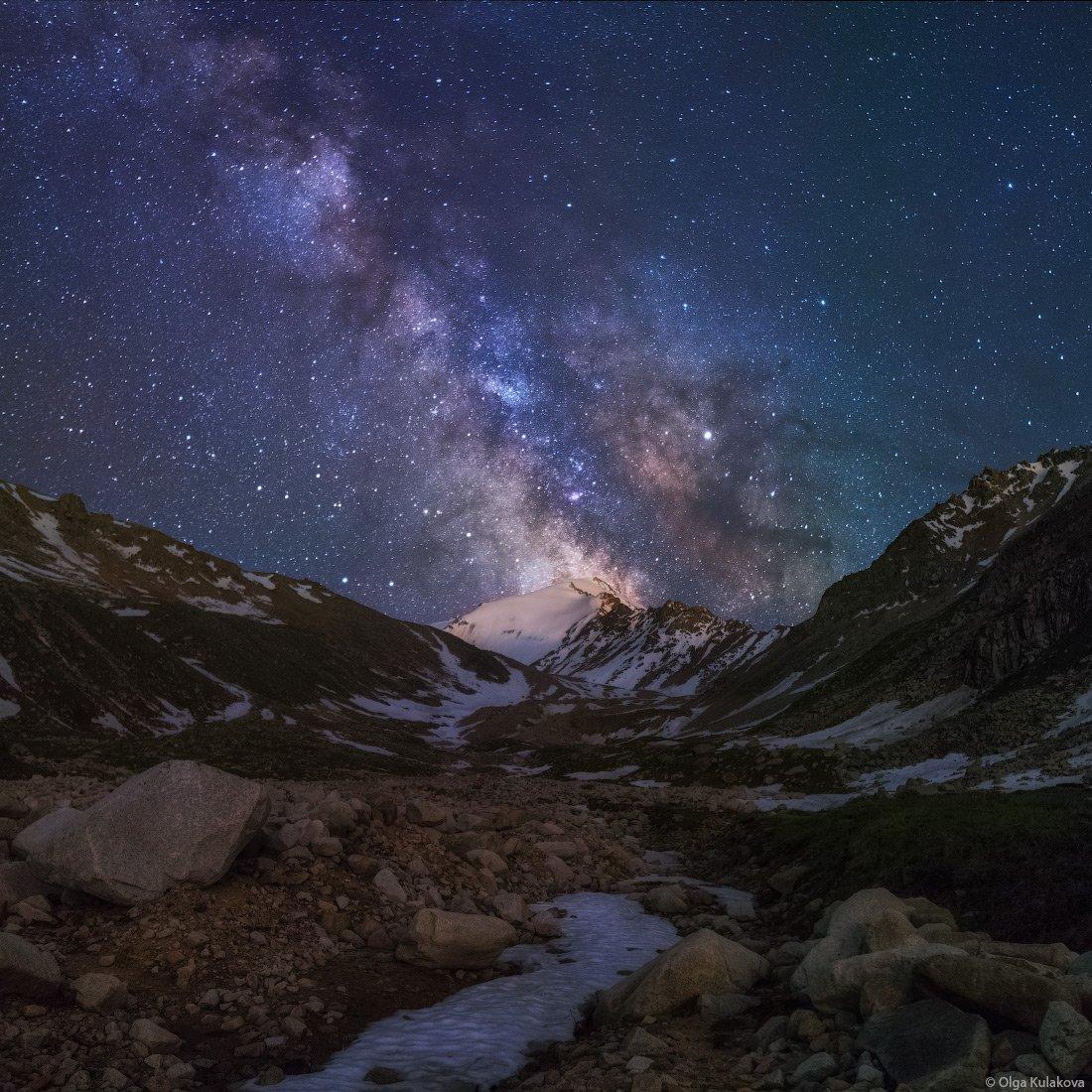 горы, млечный путь, пик советов, кумбельсу, заилийский алатау, ночное небо, Ольга Кулакова