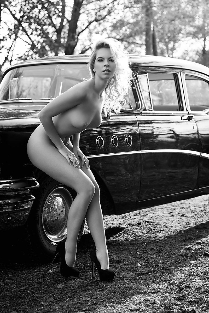 model, nude, naked, glamour, woman, female, black and white, body, sexy, sensual, natural light, curves, portrait, erotica, car, fine art, blondie,, Lajos Csáki