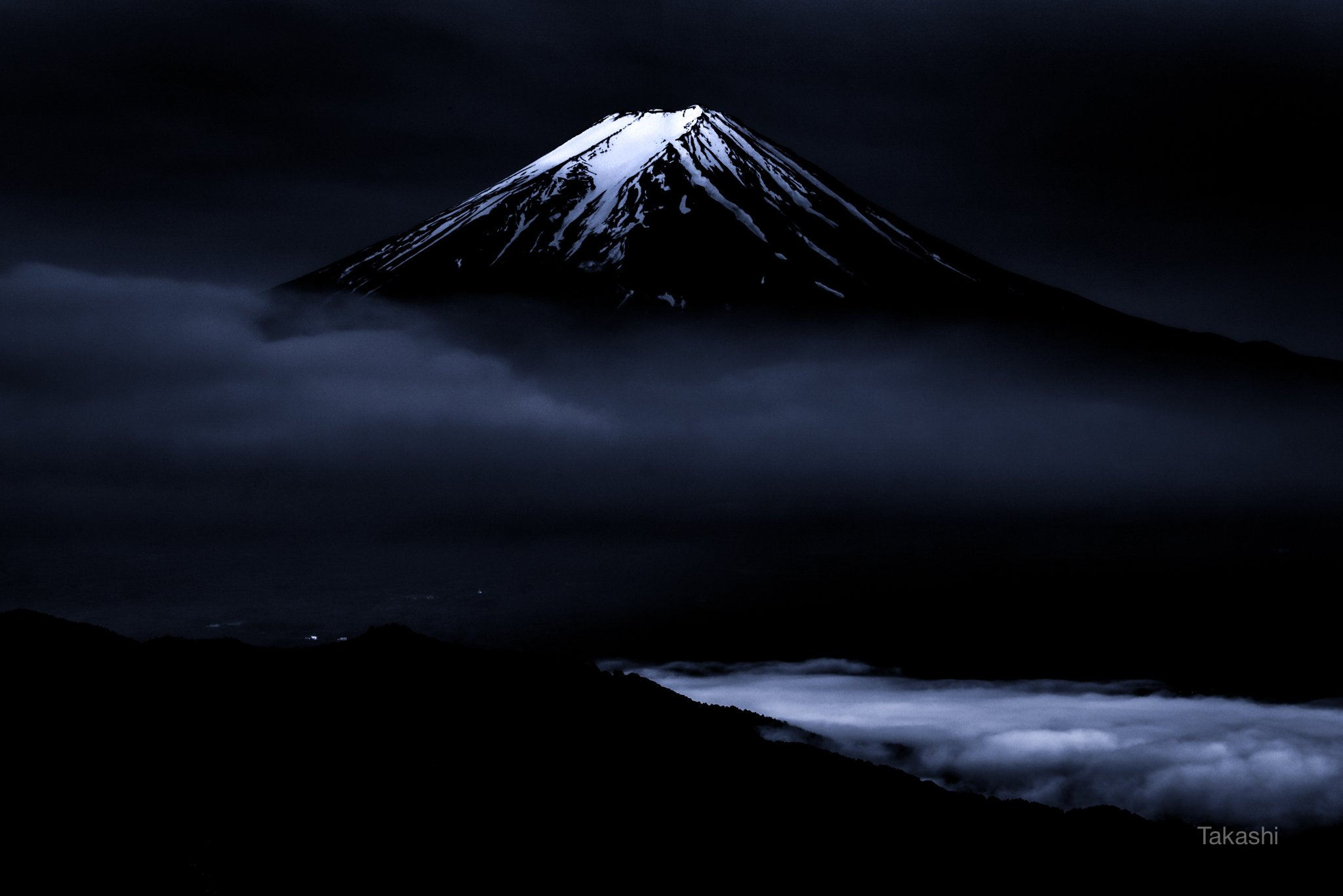 Fuji,mountain,clouds,snow,fog,Japan,blue,sky,amazing,wonderful,beautiful, Takashi