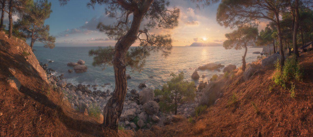 крым, аязьма, пейзаж, горы, крымские горы, море, черное море, скалы, природа, сосны, вдохновение, путешествия, туризм, россия, Лузанов Вячеслав