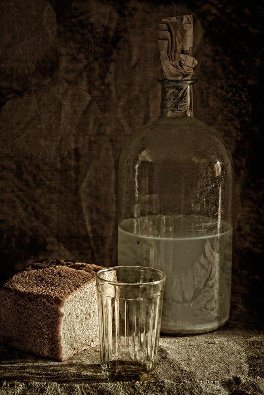 бутыль, хлеб, стакан, прошлое лето