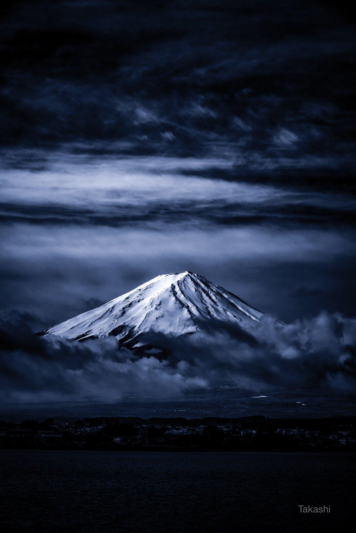 Fuji,mountain,Japan,cloud,snow,white,blue,sky,beautiful,sky,amazing,, Takashi