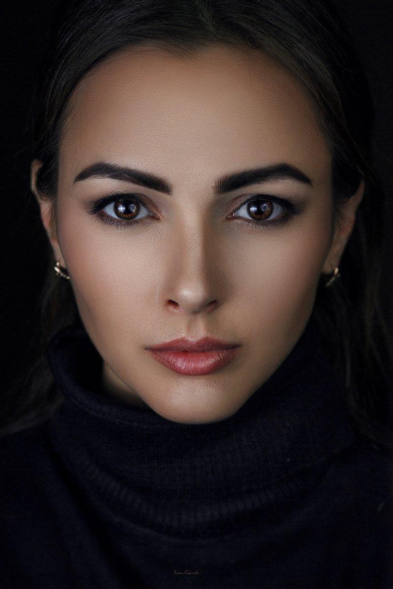 люди, девушка, портрет, студия, брюнетка, взгляд, глаза, низкий ключ, фотокузница, ivankovale, Ковалёв Иван