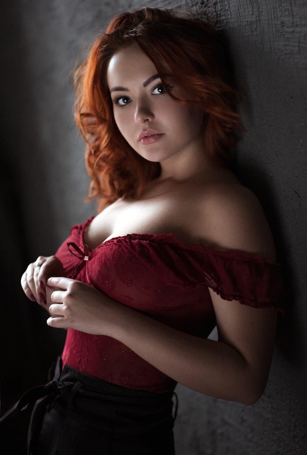 portrait,girl,indoor,color,pretty,sensual,window light,natural light, Андрей Фирсов