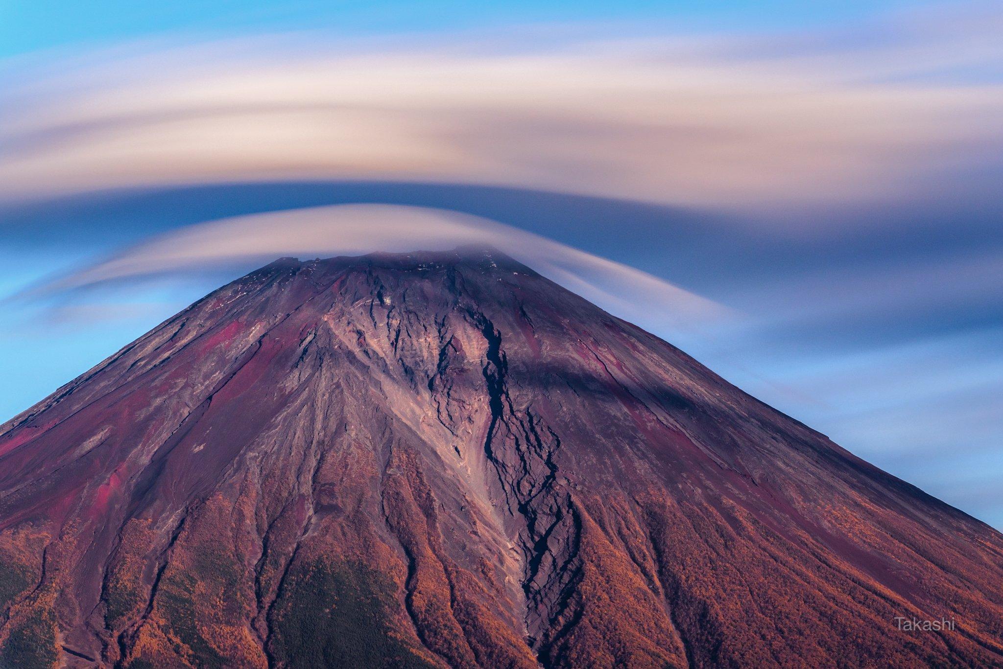 Fuji,Japan,mountain,clouds,sky,red,blue,, Takashi