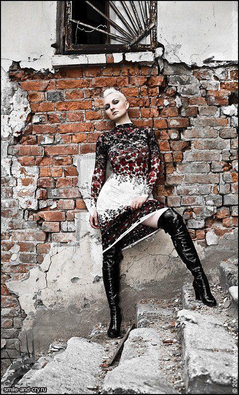, фетиш модель и дизайнер фетиш одежды Агна Деви (FetishModel.ru)