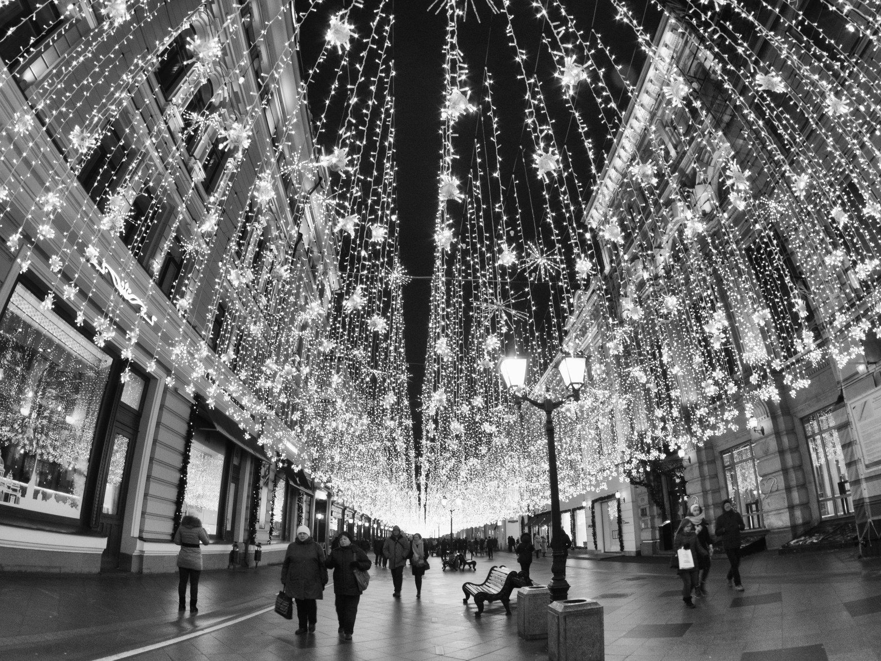 Street, Landscape, Highlights, Moscow, Russia, Black and white, Monochrome, Elena Beregatnova