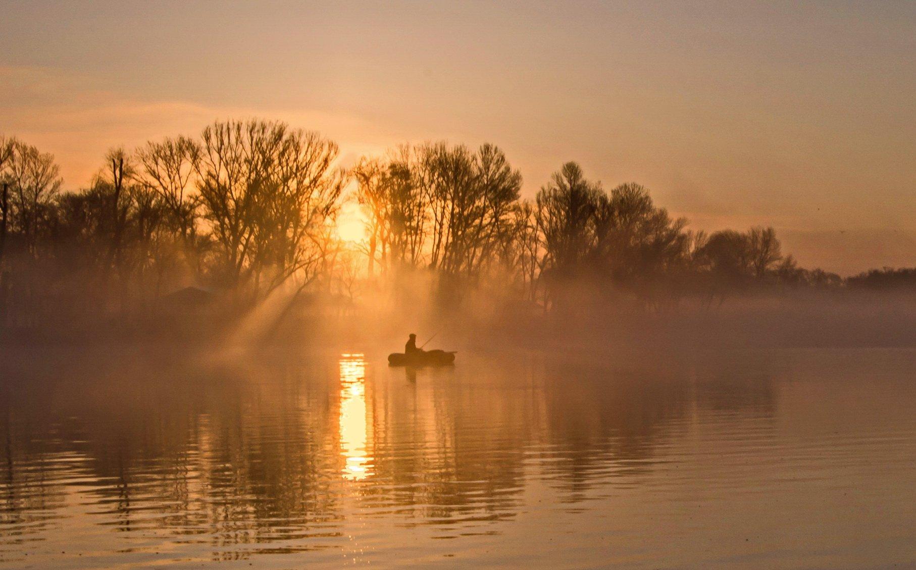 март, восход, рассвет, туман, рыбак, Валерий Наумов