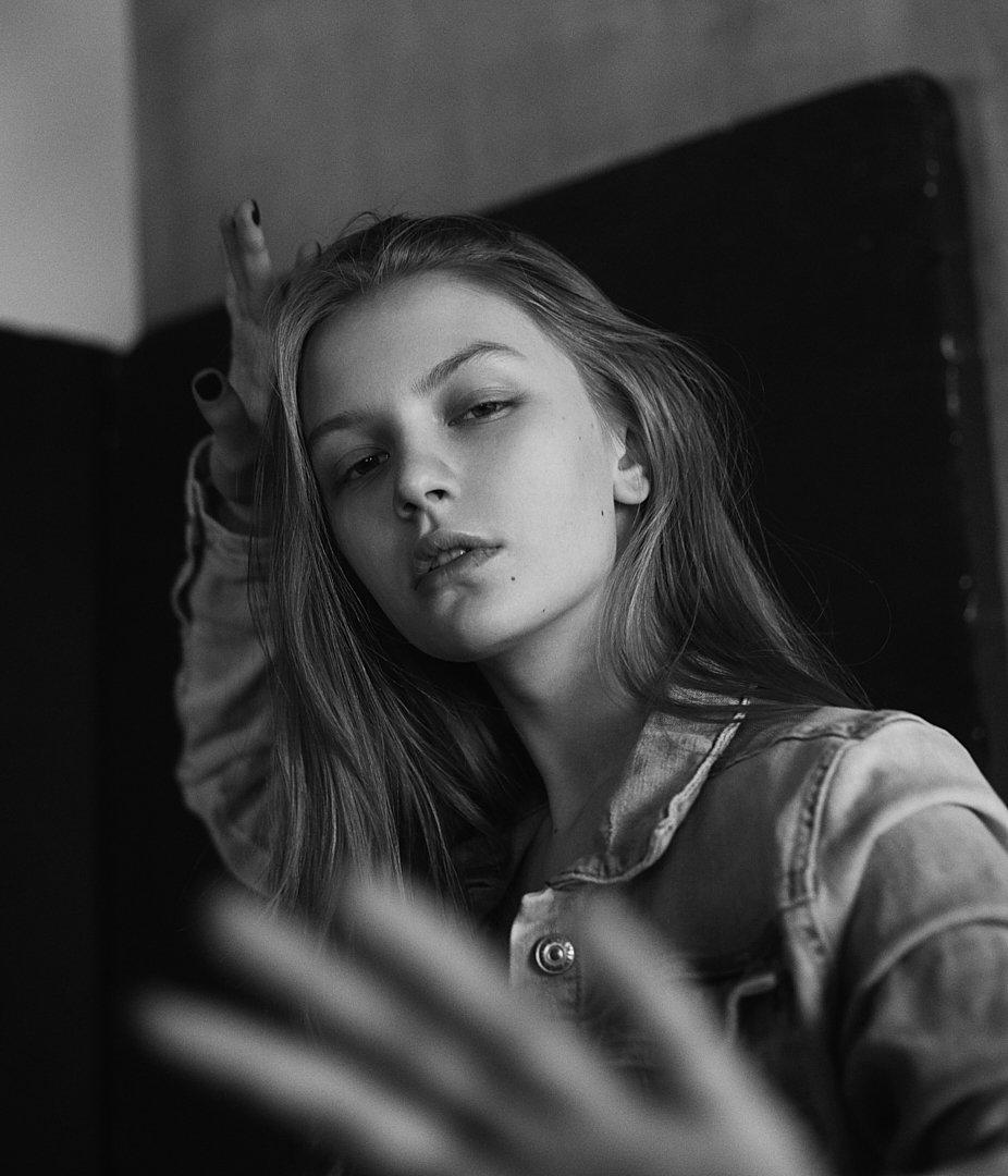 девушка, портрет, модель, чб, монохром, модельные тесты, натуральный свет, черное  белое, Иван Копченов