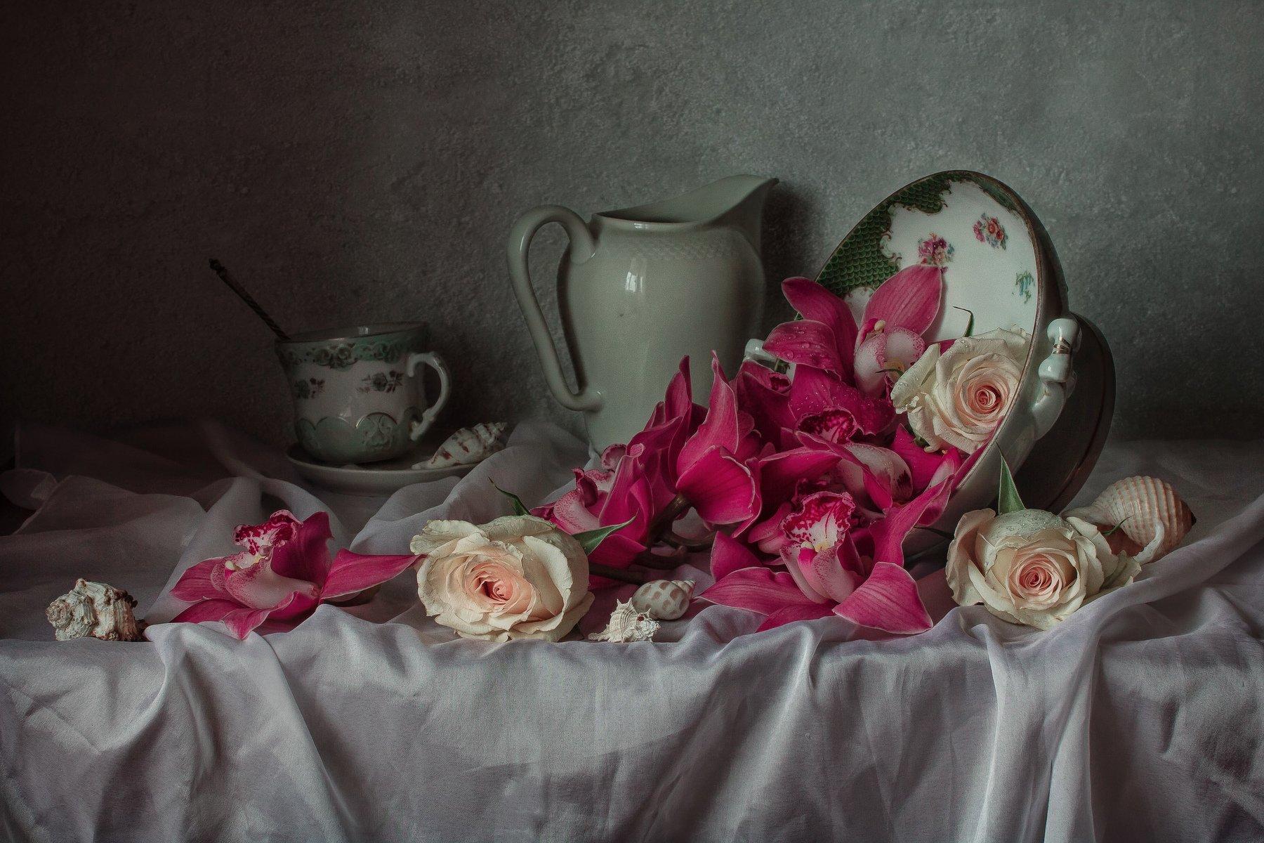 натюрморт, фарфор, цветы, орхидеи, розы, ракушки, Анна Петина