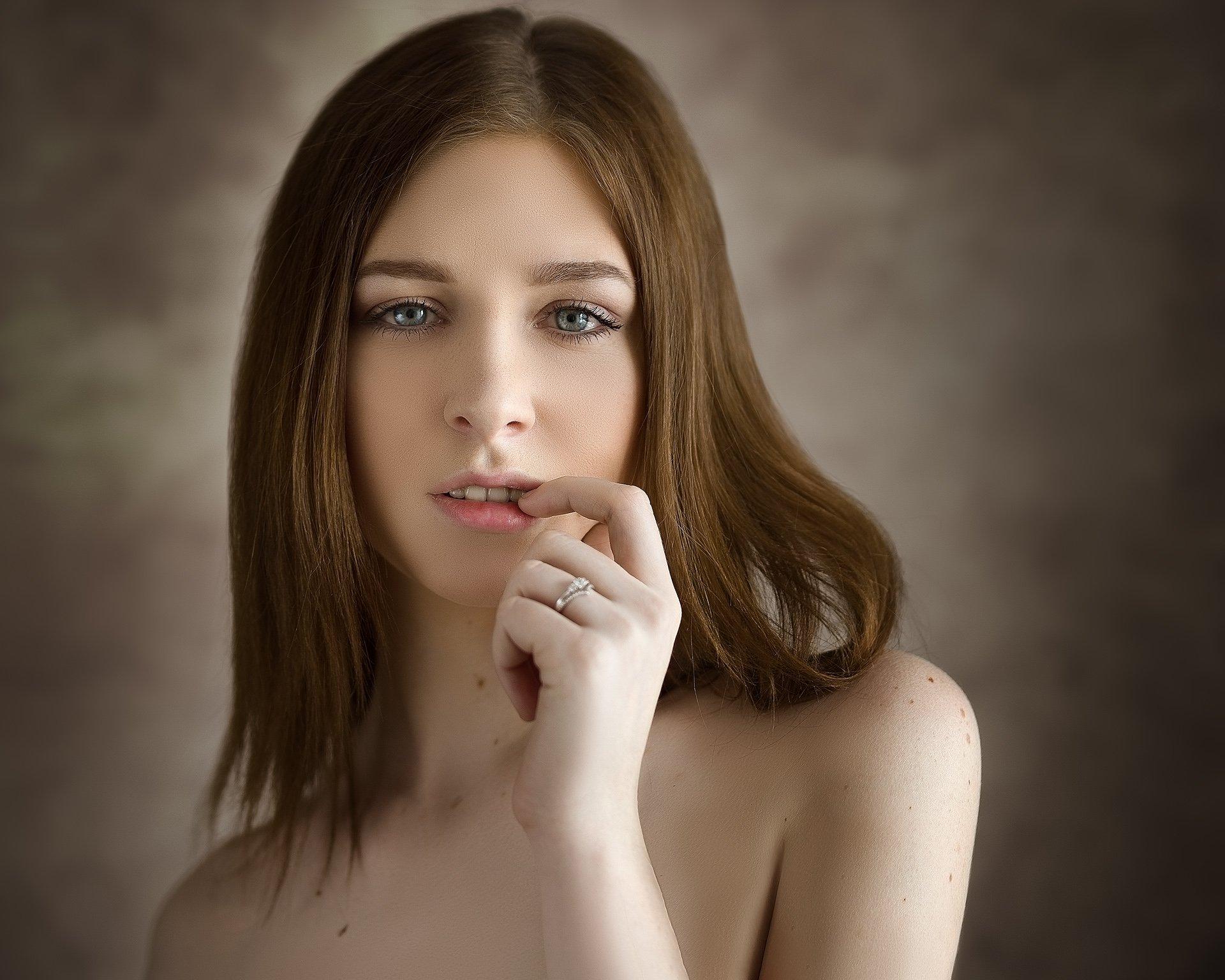 девушка, молодая, красивая, лицо, портрет, взгляд, красота, естественный свет, sigma, Евгений Сибиряев