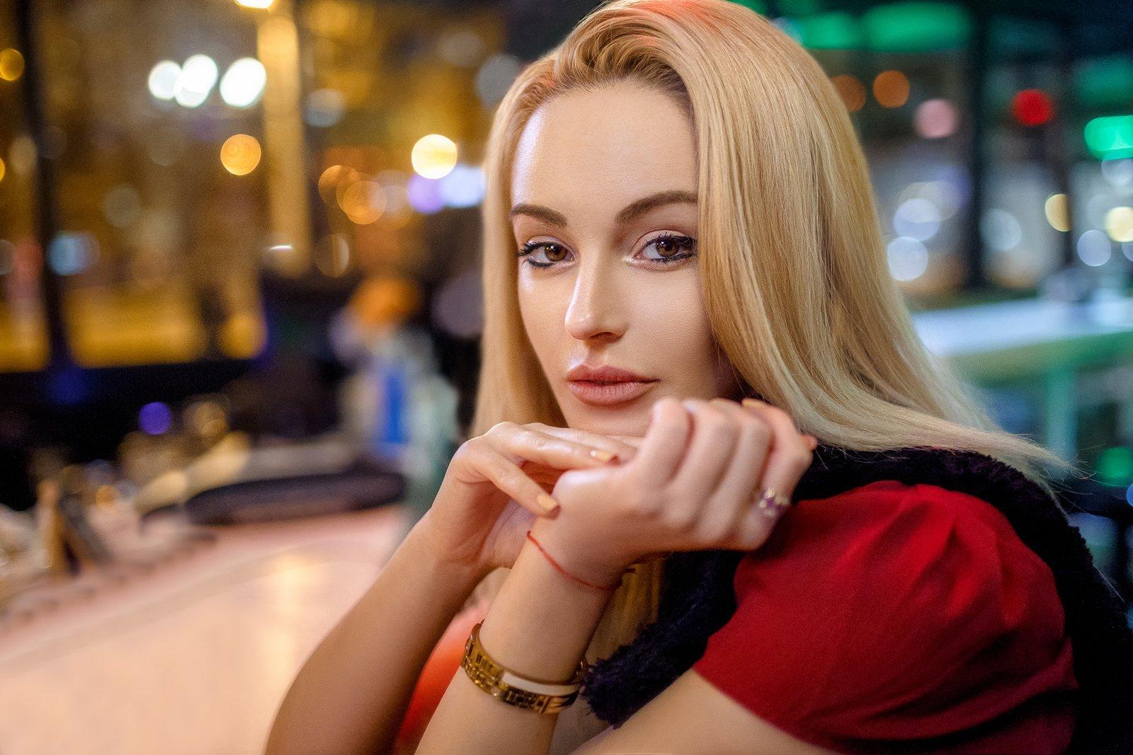 , Деян Романов