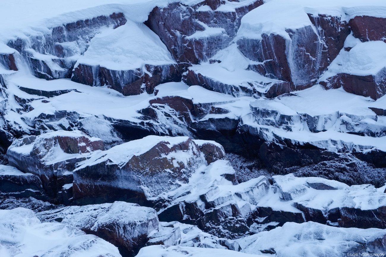 териберка,скалы,снег,камни,природа,пейзаж,север,сумерки,фактура,линии,пятна,абстракция, Горшков Игорь