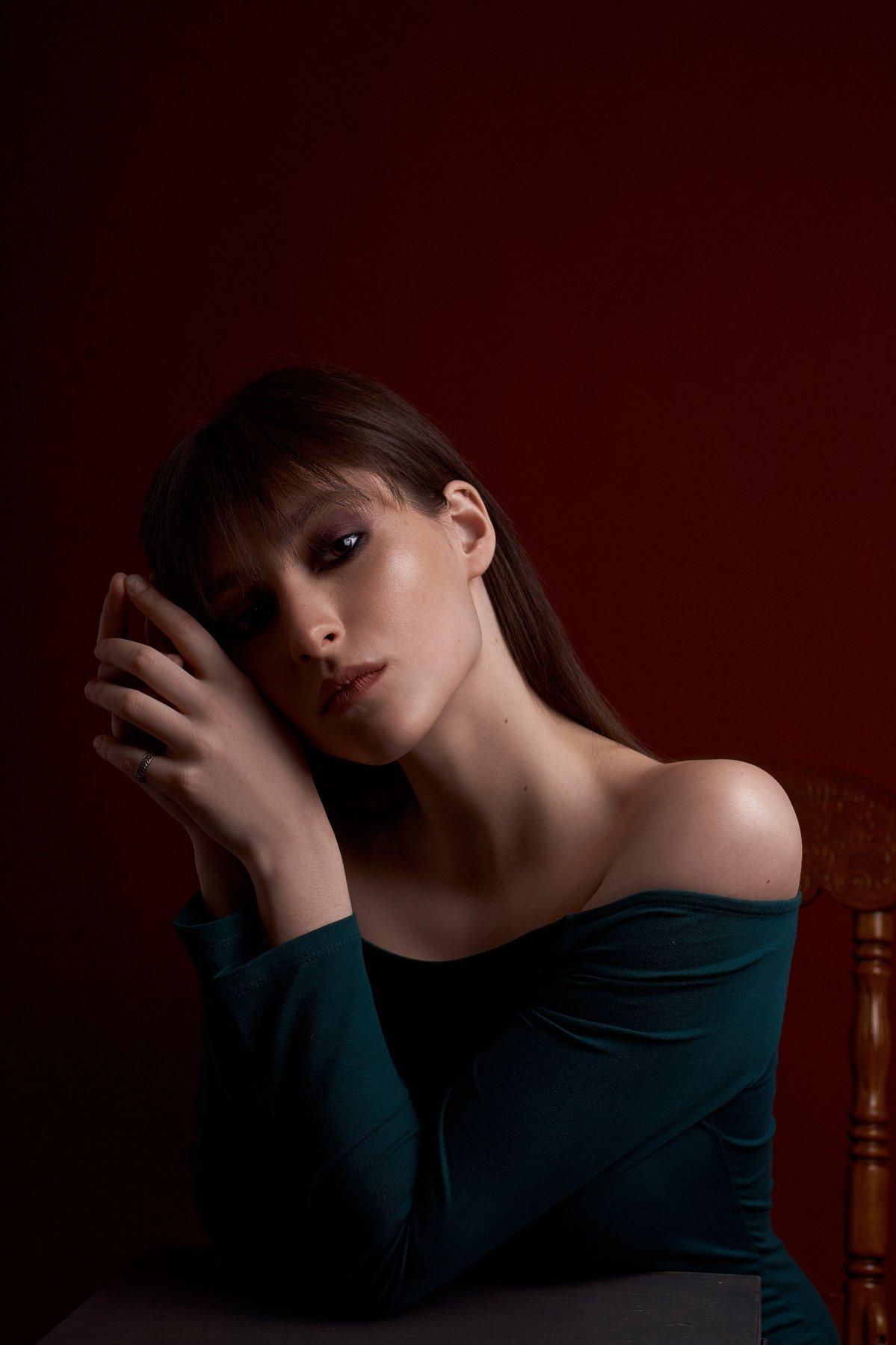 portrait, портрет, girl, eyes, low key, Наташа Высоцкая