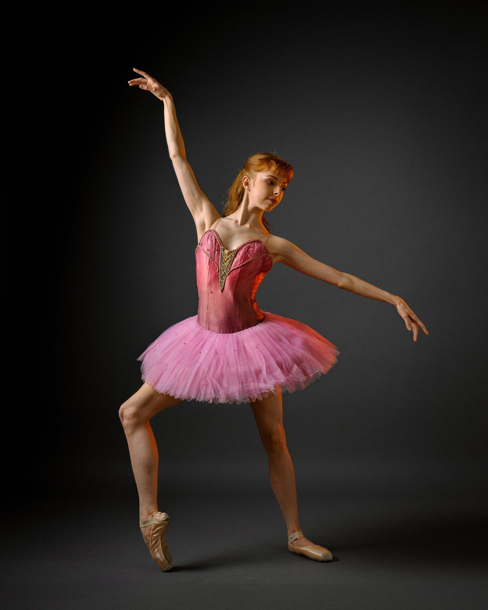 girl, female, dancer, ballerina, model, studio, portrait, Saulius Ke