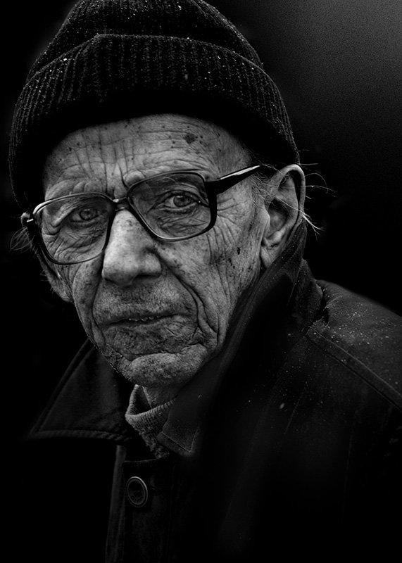 портрет люди лица город улица ч/б фотография, Юрий Калинин