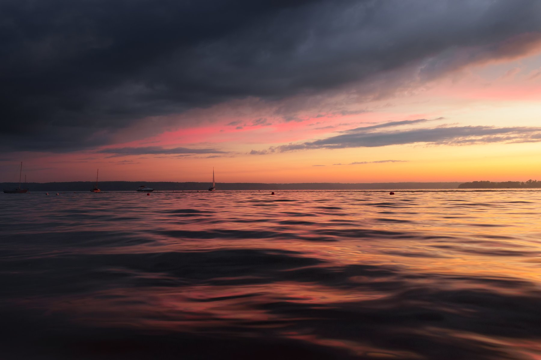 дождь вода гроза море лето солнце закат лодки яхты, Евгений Цап