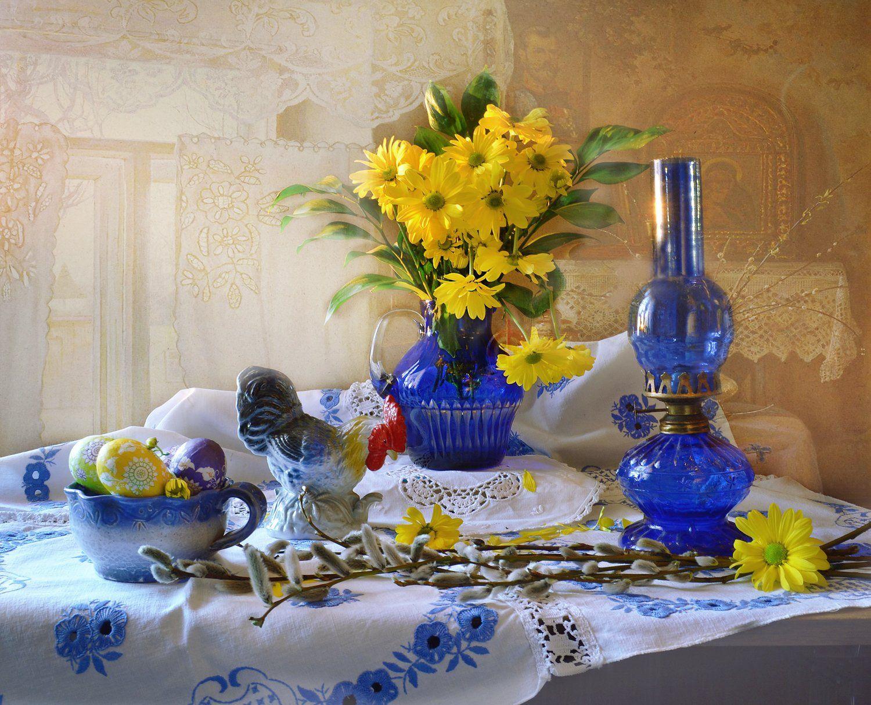 still life, натюрморт, цветы, фото натюрморт, пасха, крашенки, керосиновая лампа, весна, вербное воскресение, верба, апрель, Колова Валентина