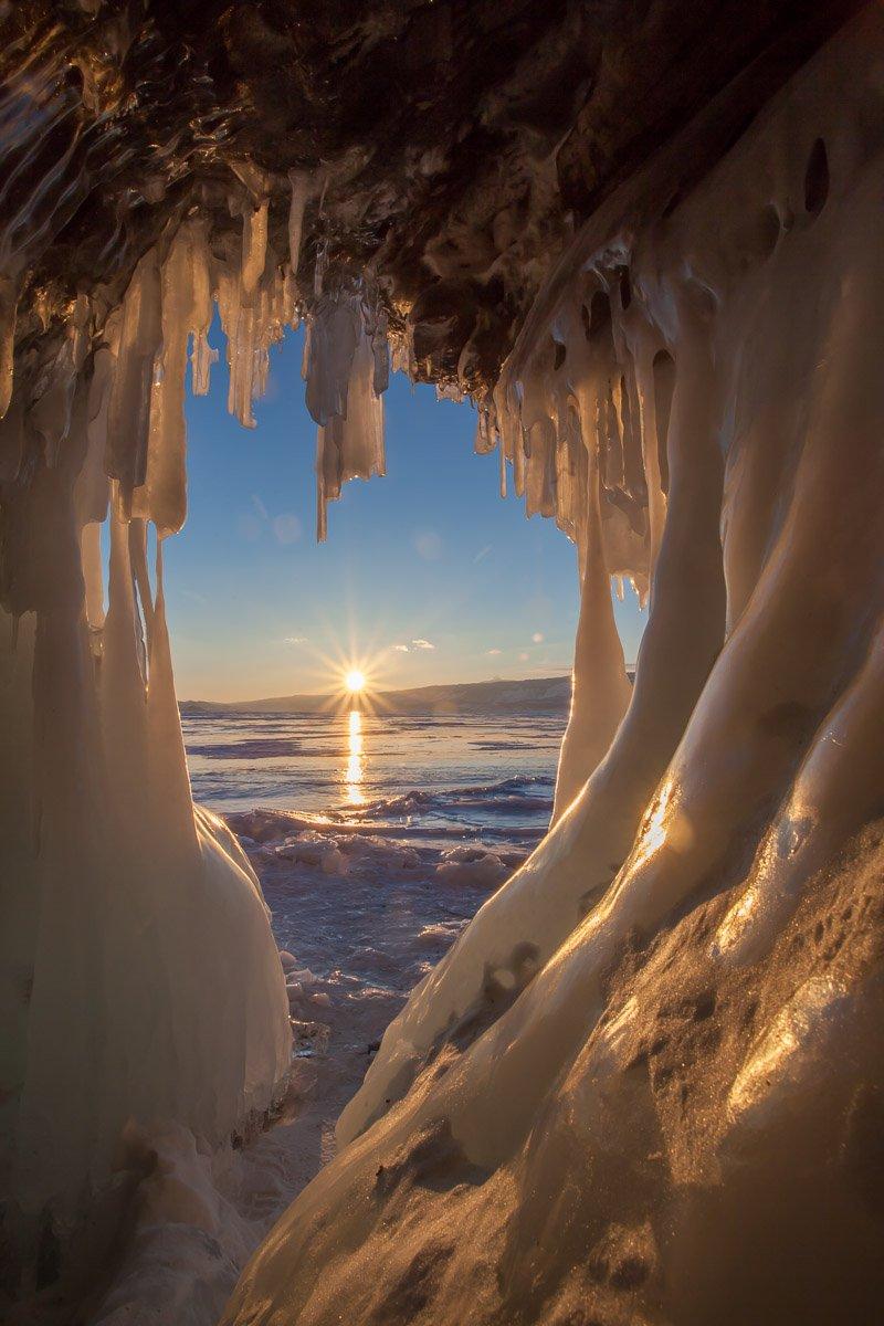Байкал, лед, солнце, грот, пещера, сосульки, зима, Сергей Козинцев