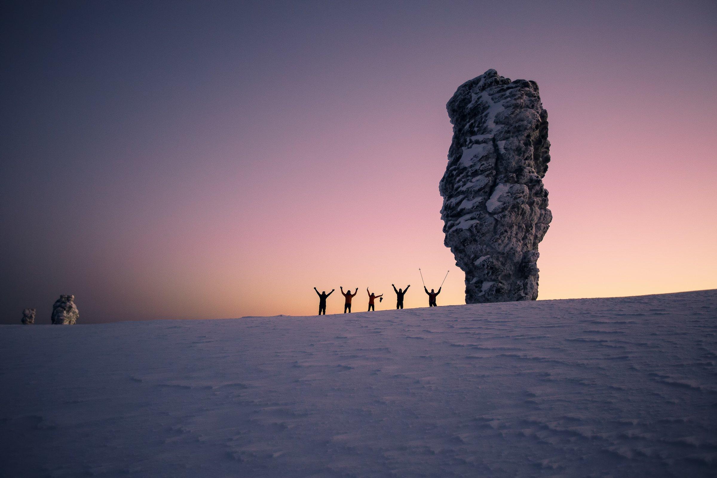 Маньпупунёр, Северный Урал, Коми, Урал, восход, люди, контуры, пейзаж, снег, зима, Владимир