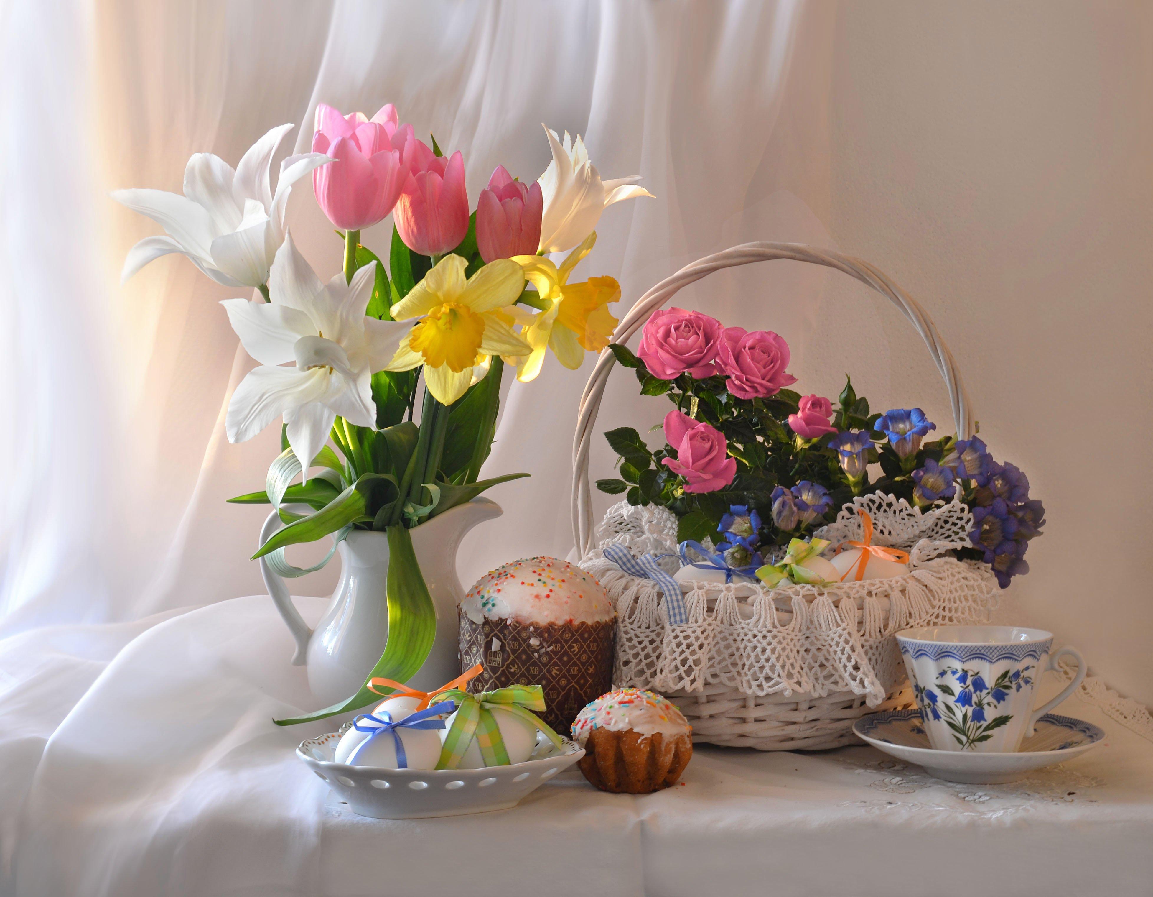 still life, натюрморт, цветы, фото натюрморт, пасхальная неделя, пасха, настроение, куличи, к светлому дню, весна, апрель, Колова Валентина