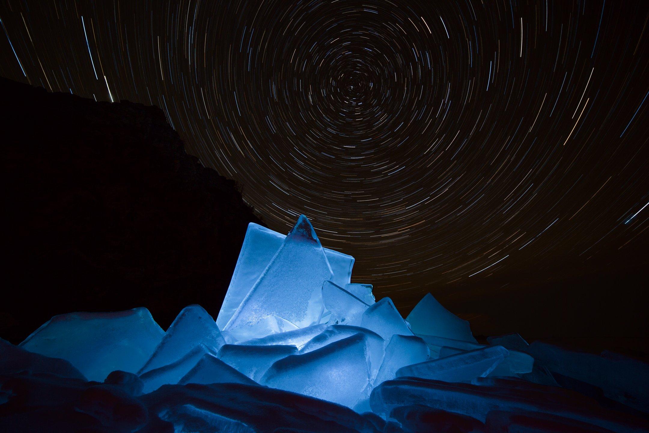 лед, байкал, ночь, зима, холод, звезды, треки, волшебство, магия, путешествия, антон селезнев, Антон Селезнев