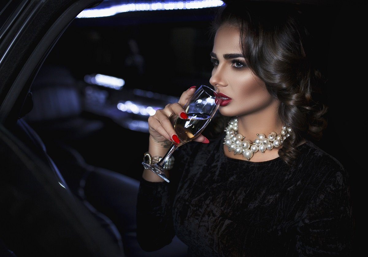 model brunette girl beatifull lady car night glamour, Кирилл