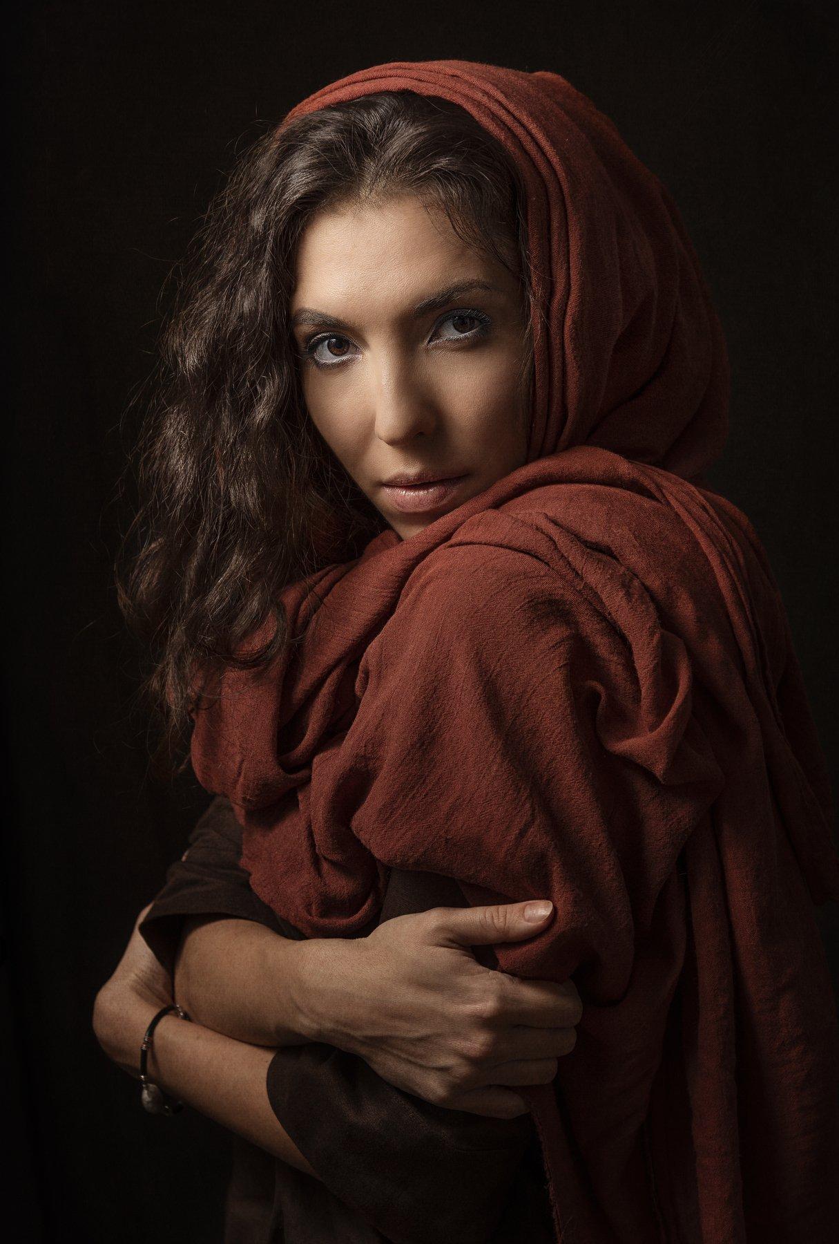 девушка красива взгляд низкий ключ шарф, Наталия Холодова