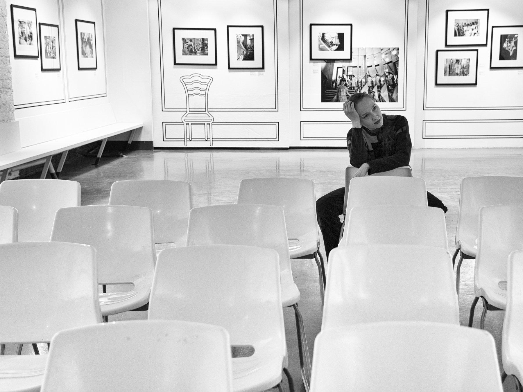 Girl, Moscow, Russia, Monochrome, Exibition, Black and white, Thinking, Elena Beregatnova
