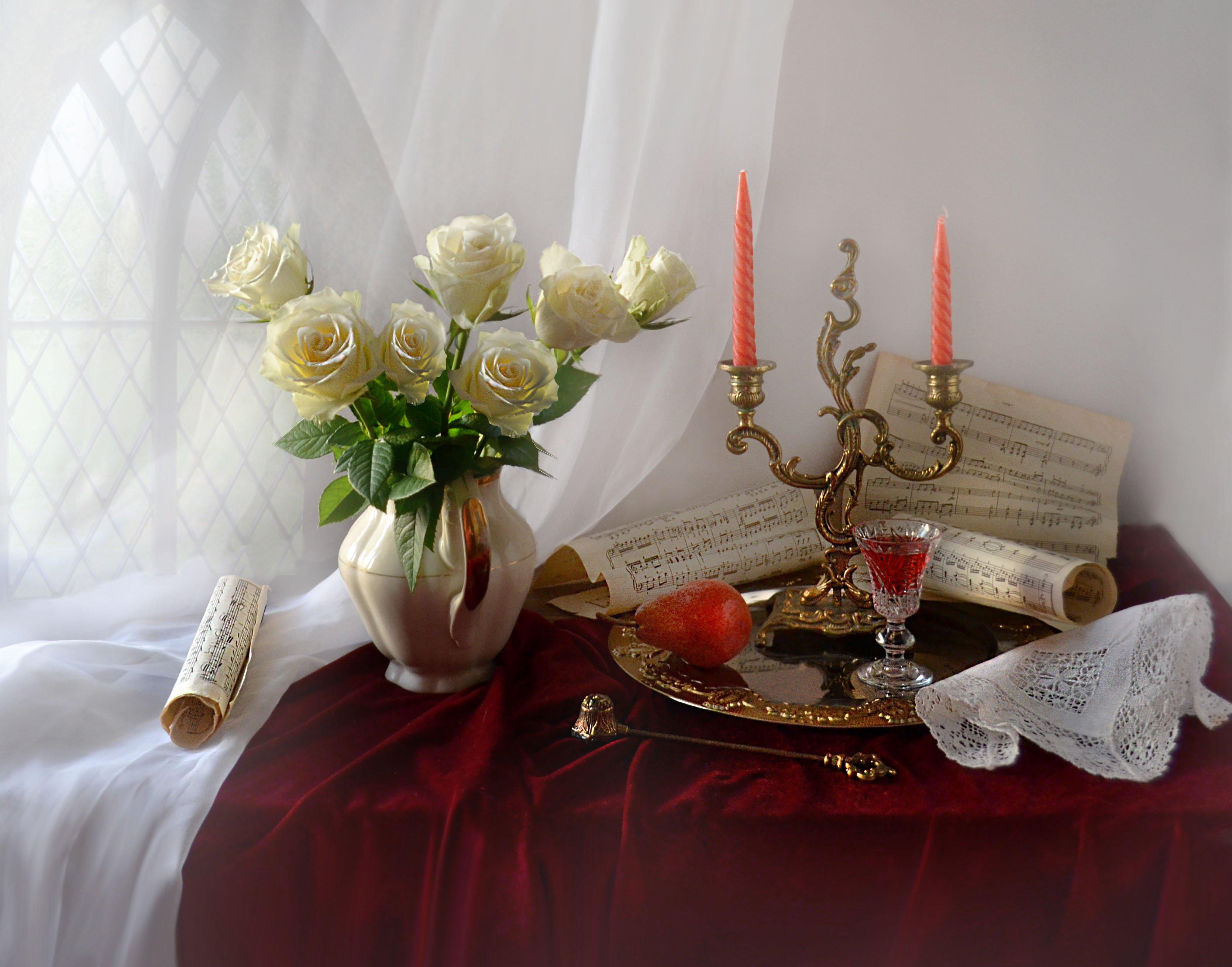 still life, натюрморт, ноты, подсвечник, розы, свечи, стихи, фарфор, фото натюрморт, цветы, Колова Валентина